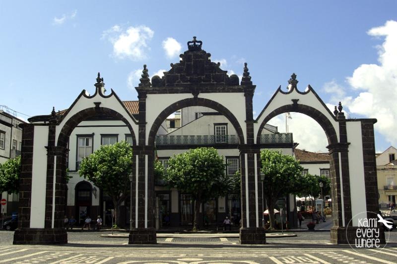 Portas da Cidade Ponta Delgada